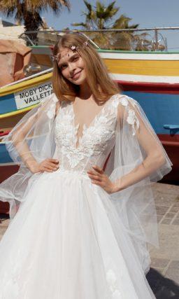 Нежное свадебное платье из воздушного фатина