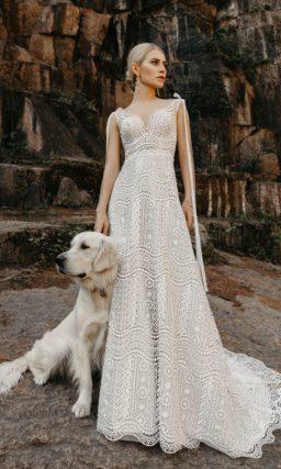 Элегантное свадебное платье с приталенным силуэтом