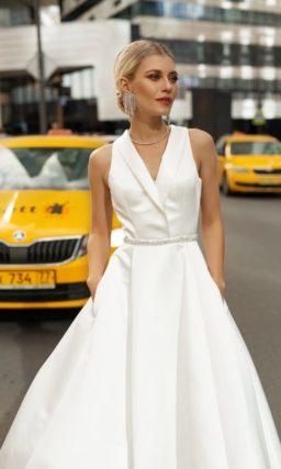 свадебное платье из белого крепа