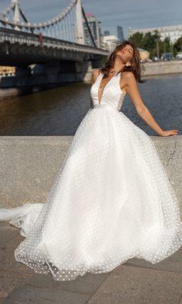 Пышное современное свадебное платье