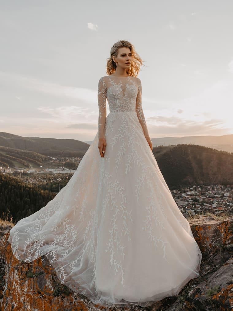 Свадебное платье из тончайшего фатина