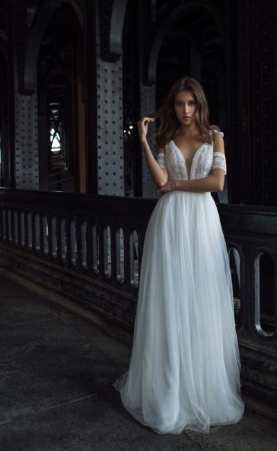 свадебное платье с летящей юбкой