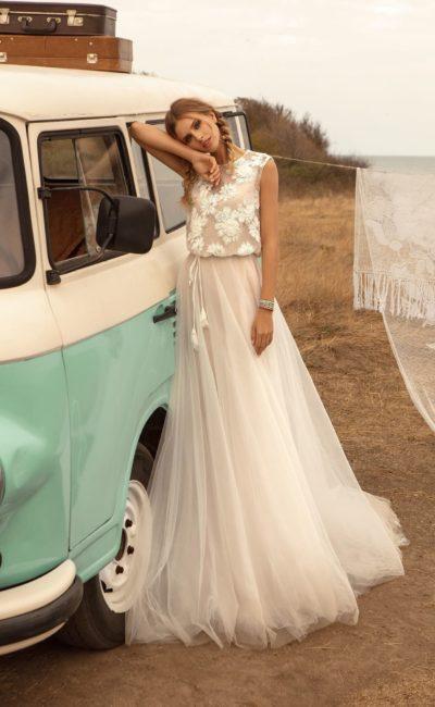 Свадебное стильное платье «бохо»
