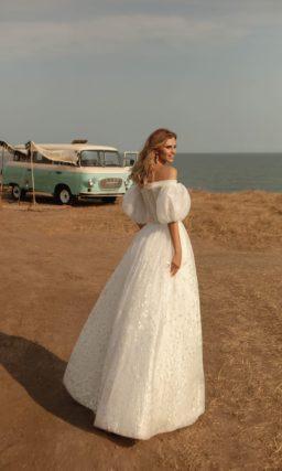 Шифоновое свадебное платье классического силуэта