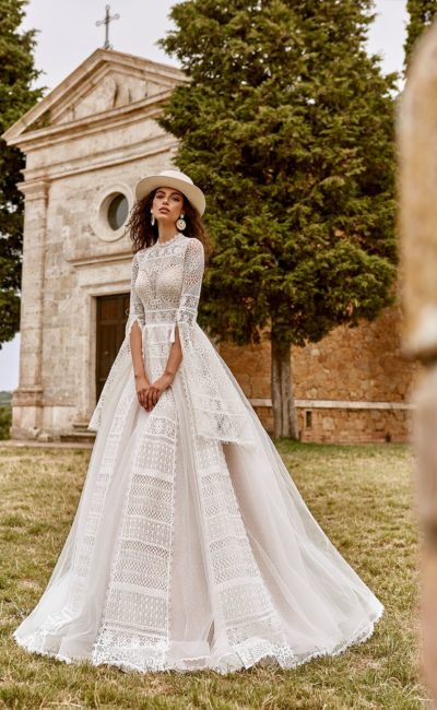 Красивое викторианское свадебное платье