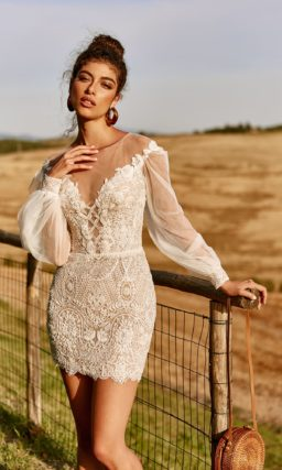 Свадебное платье-трансформер со шлейфом