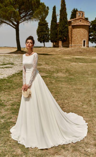 свадебное платье с кружевным рукавом