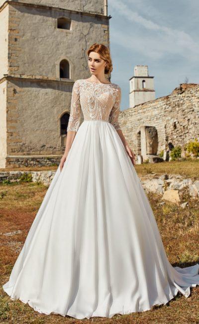 Пышное платье свадебное с рукавом