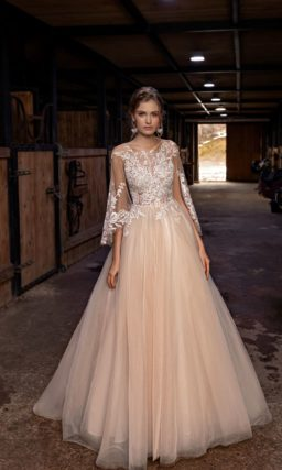Пышное свадебное платье