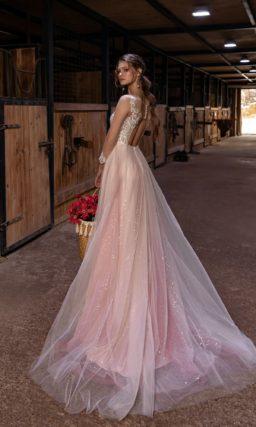 Свадебное платье из розового фатина