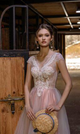свадебное платье нежного розового цвета