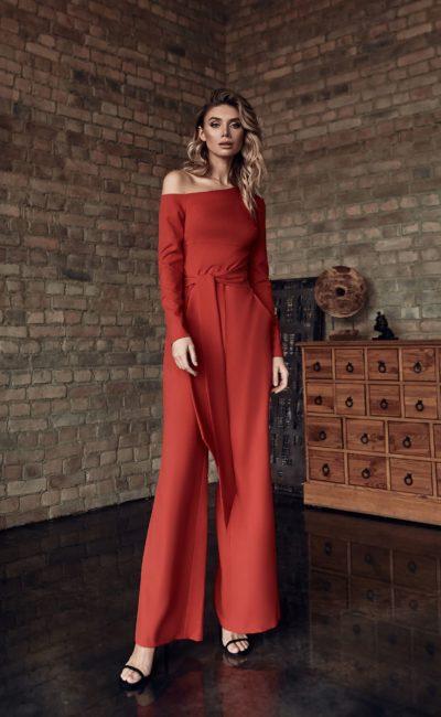 Женский свадебный красный костюм