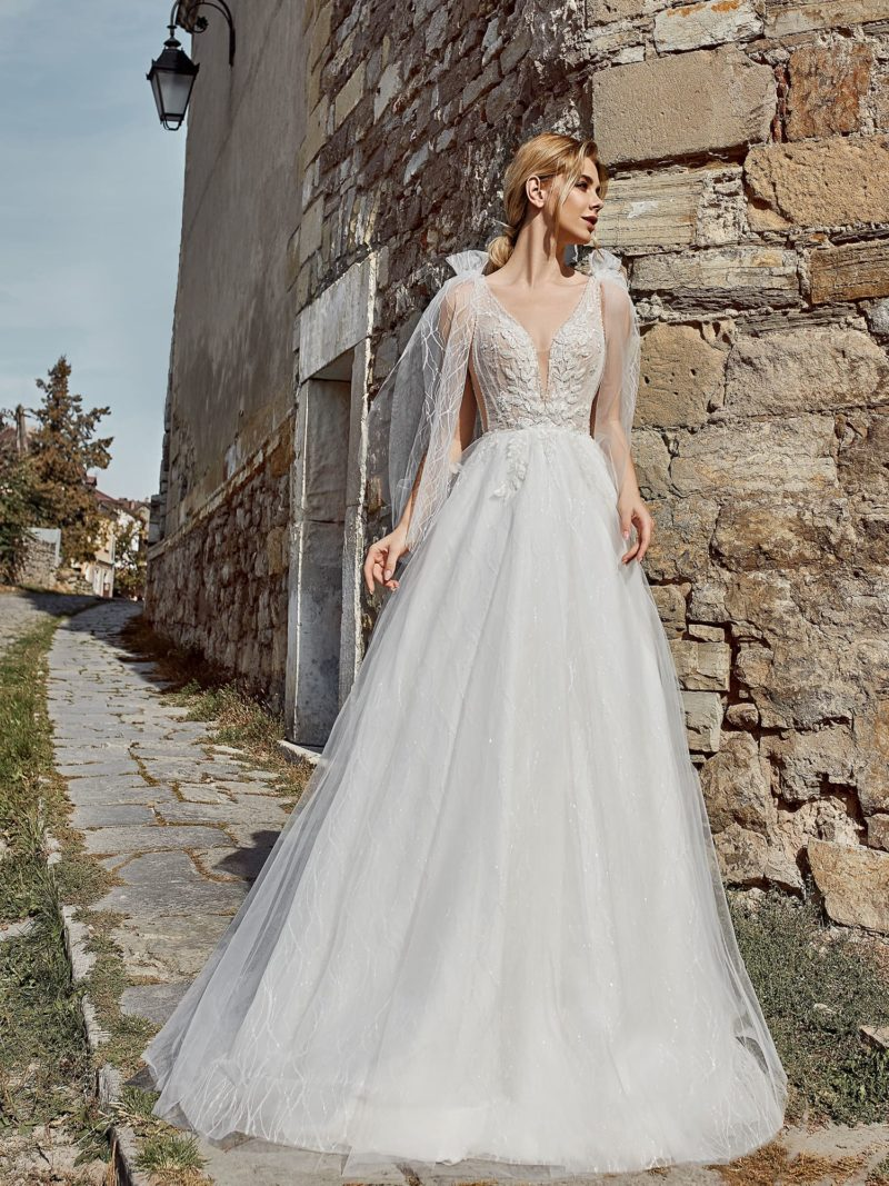 Мерцающее свадебное платье