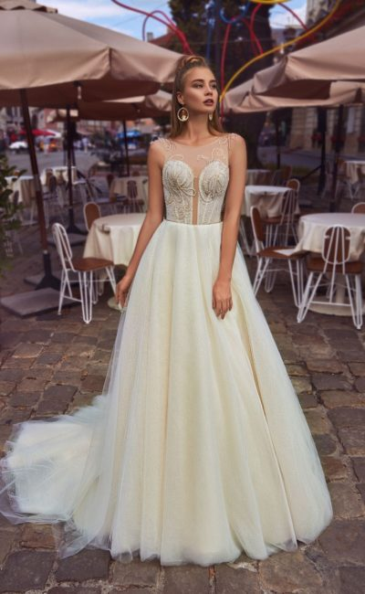 Пышное платье айвори