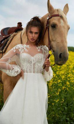 свадебное платье с необычным кроем лифа