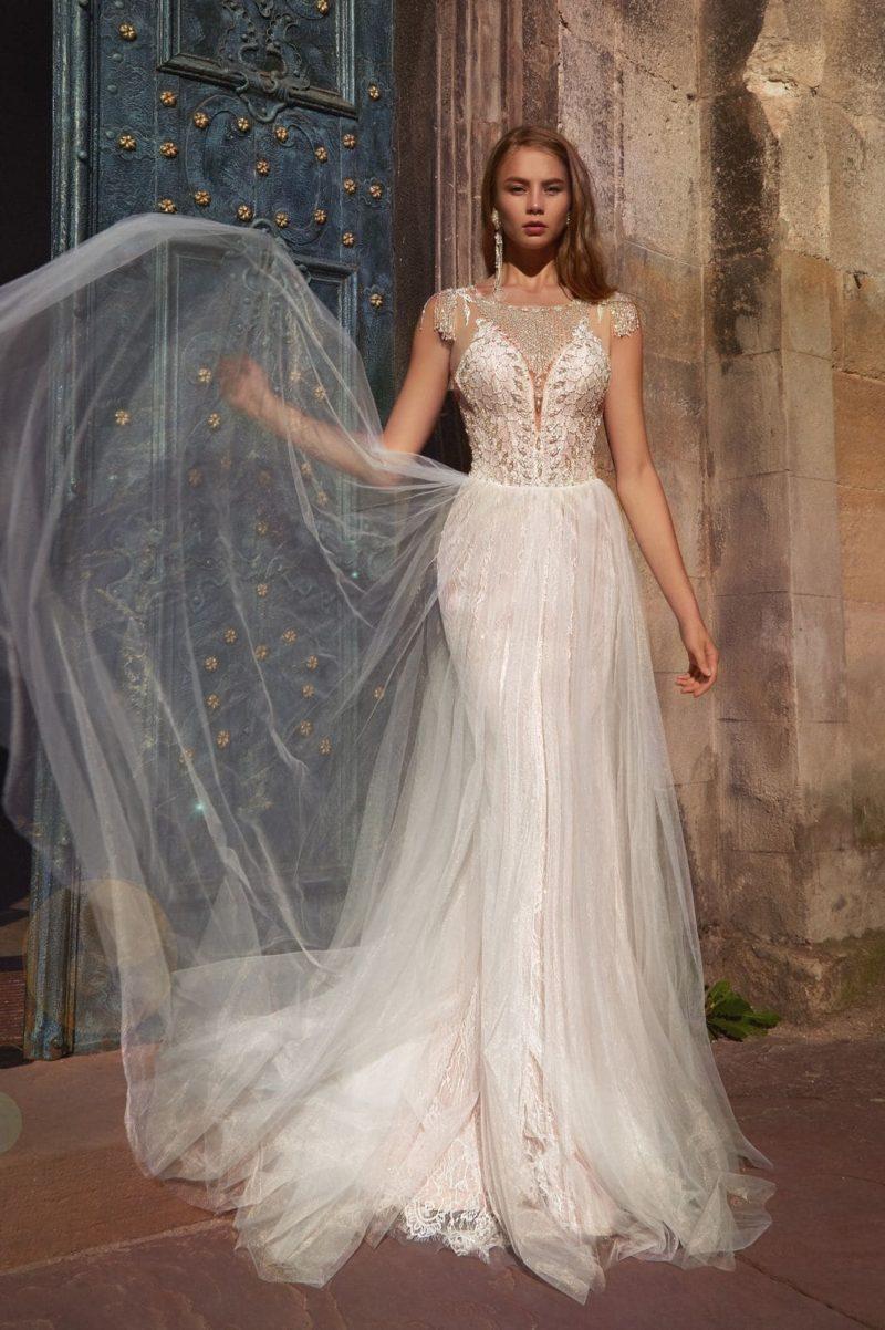 Платье русалка с верхней прозрачной юбкой