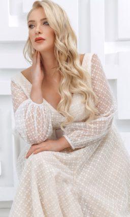Платье с поясом большого размера