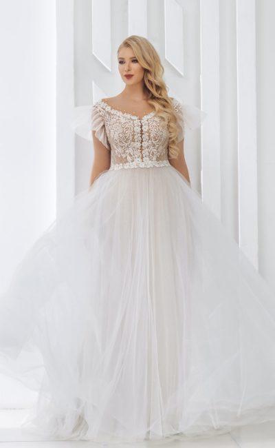 Пышное платье большого размера