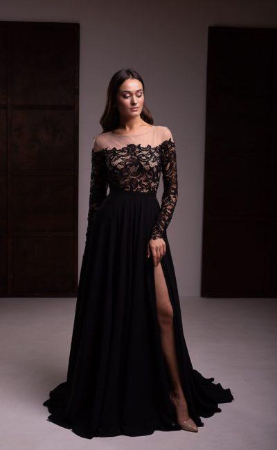 платье длины макси из черного кружева