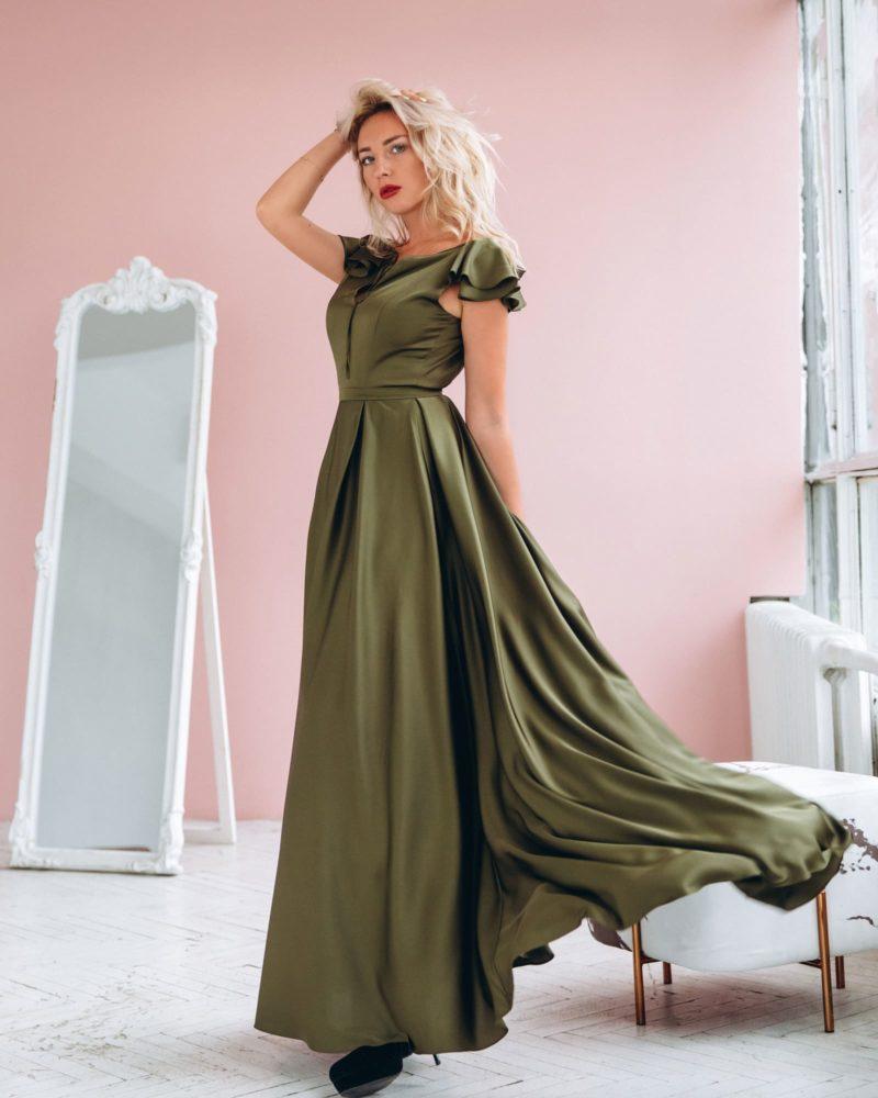 Атласное платье цвета хаки