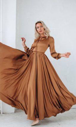 сдержанное вечернее платье в пол