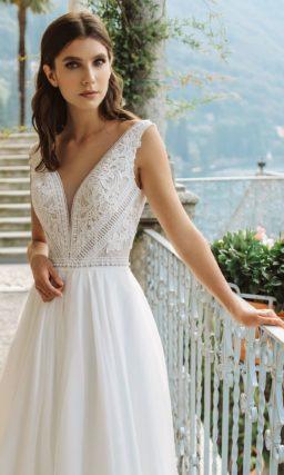Свадебное платье оттенка айвори в греческом стиле