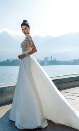 Пышное свадебное платье с нюдовым лифом