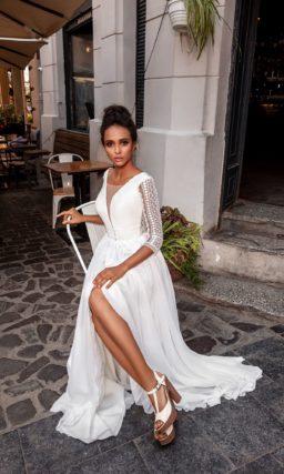 свадебное платье с акцентами из кружева