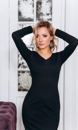 Черное вечернее платье-футляр