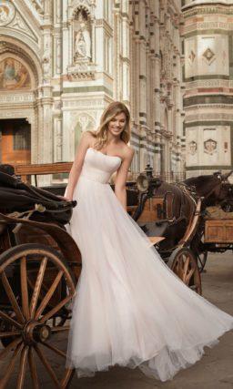 Сдержанное свадебное платье-трансформер