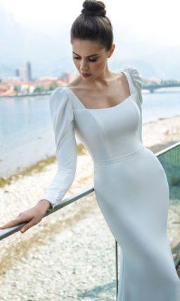 Свадебное платье силуэта русалка из плотного крепа
