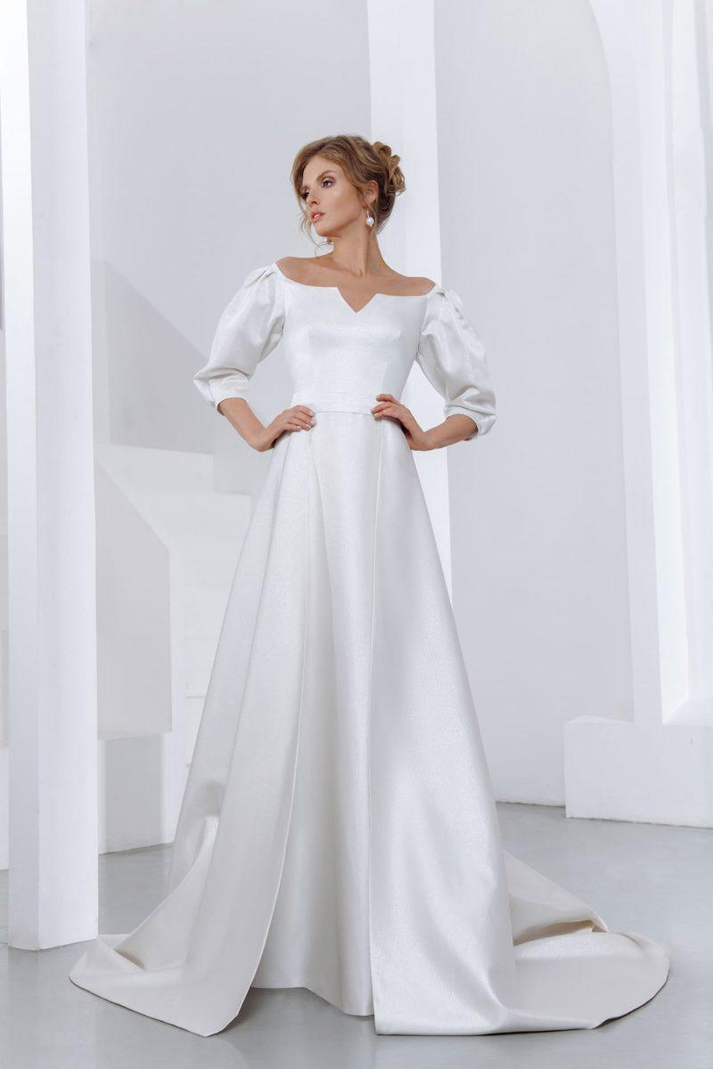свадебное платье А-силуэта с лаконичным дизайном