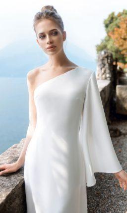 Лаконичное свадебное платье из кремового шифона