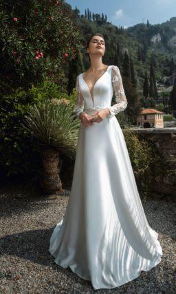 свадебное платье из белоснежного атласа и кружева