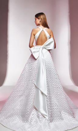 платье с геометрическим декором
