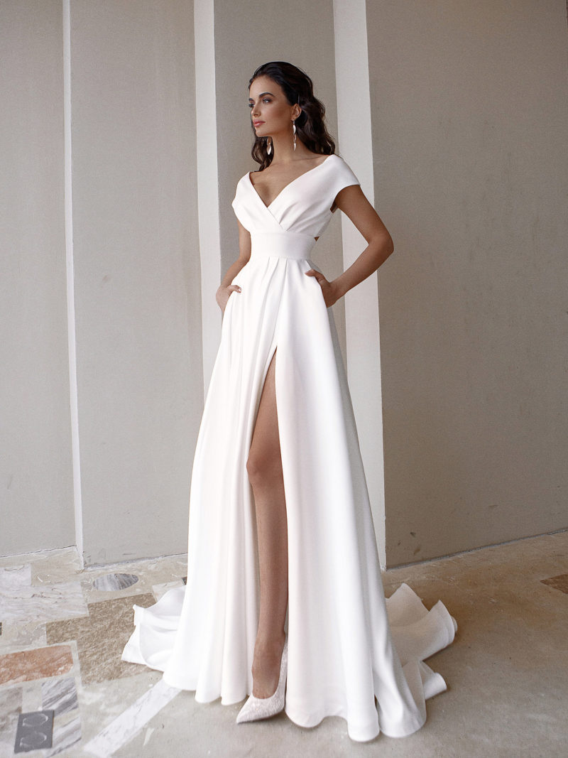 Свадебное платье с приталенным силуэтом