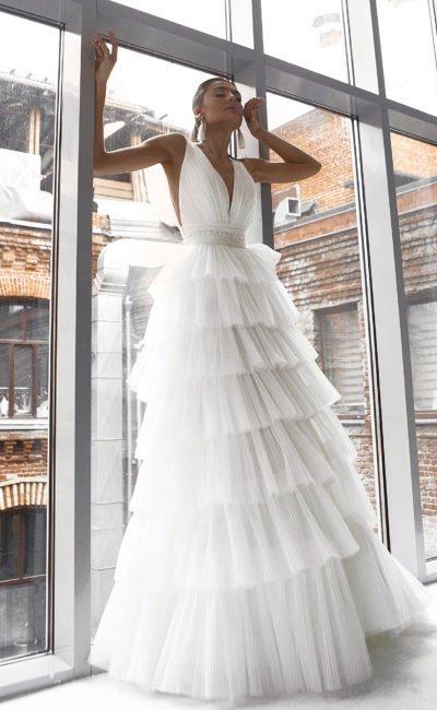 Свадебное платье из плиссированного фатина