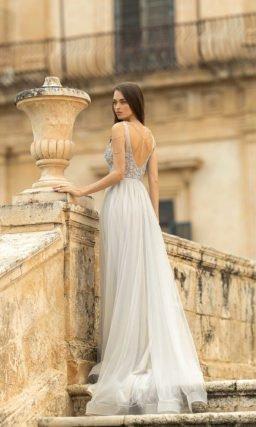 Свадебное платье в светло-сером оттенке