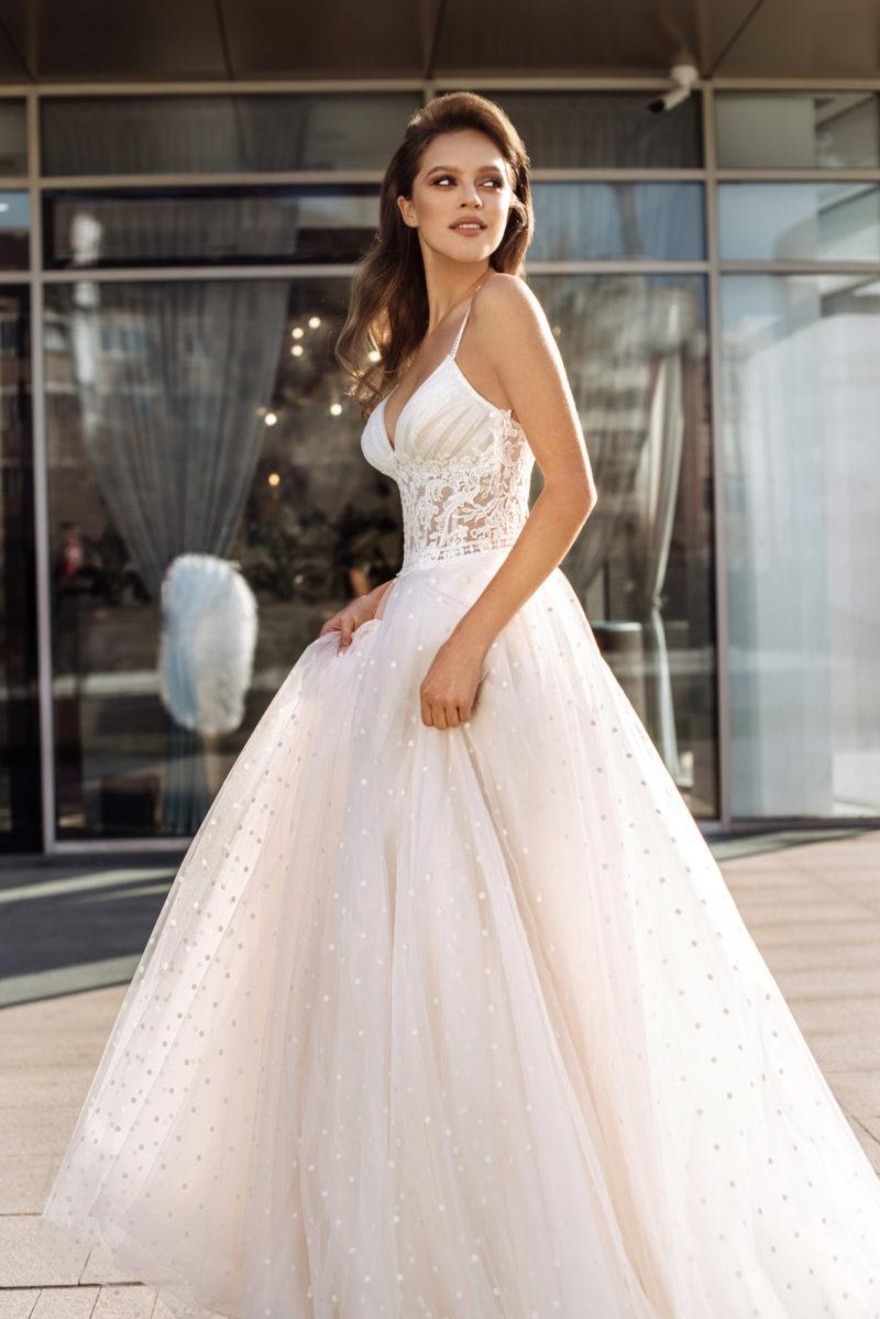 Свадебное платье с гороховым принтом