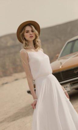 Легкое прямое свадебное платье бохо