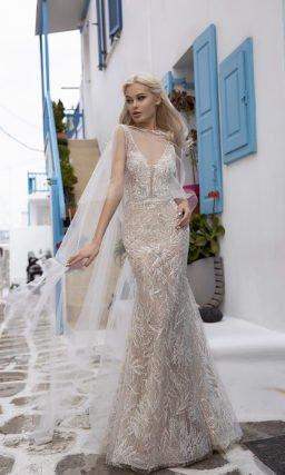 Очень красивое платье рыбка с накидкой