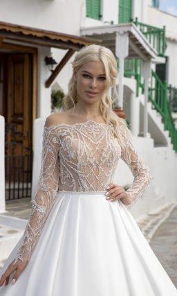 Пышное двухцветное свадебное платье