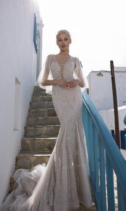 Свадебное красивое платье рыбка с кейпом