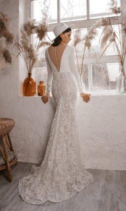 Свадебное платье силуэта русалка с длинными рукавами