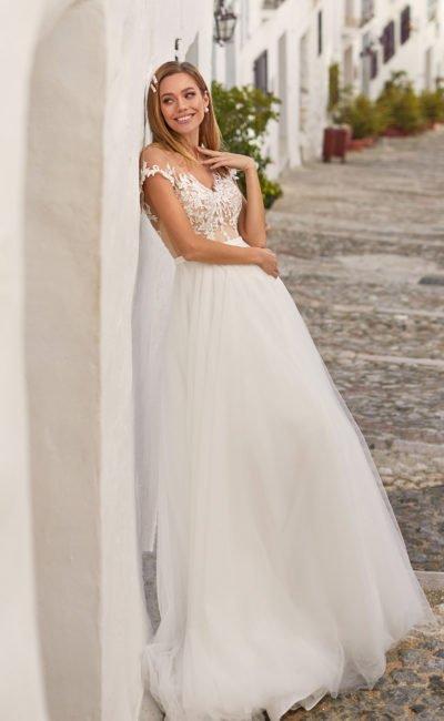 свадебное платье с прозрачным лифом