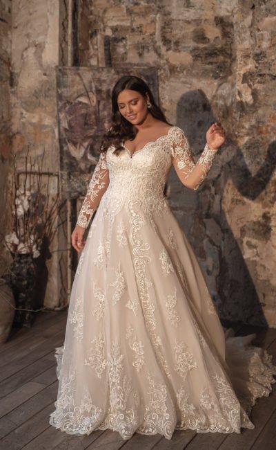 Платье большого размера с длинным рукавом