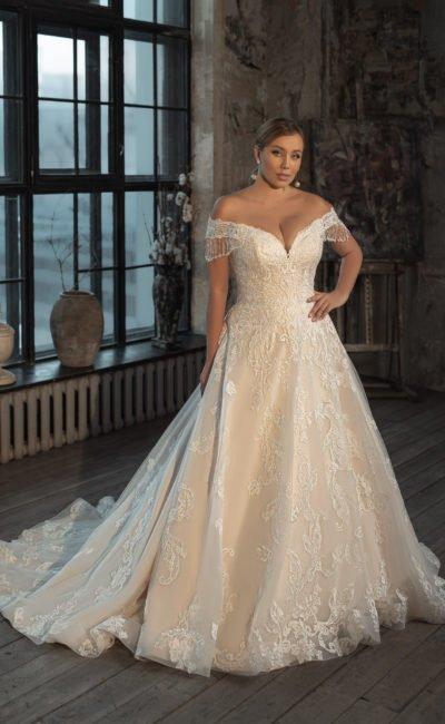 Свадебное платье с оттенке слоновой кости