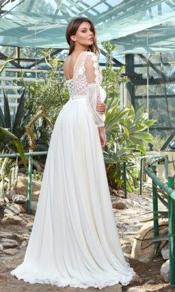 Свадебное платье в греческом стиле и рукавом фонариком
