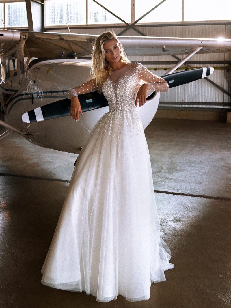 Платье с полупрозрачным верхом