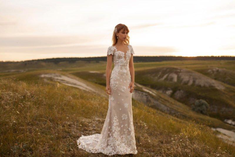 Свадебное платье «русалка» не белое
